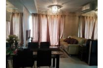 Apartemen Thamrin Executive with 2 bedroom unit bagus dan Fully Furnished