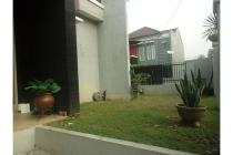 Rumah Hook murah dalam cluster di pinggir Jakarta