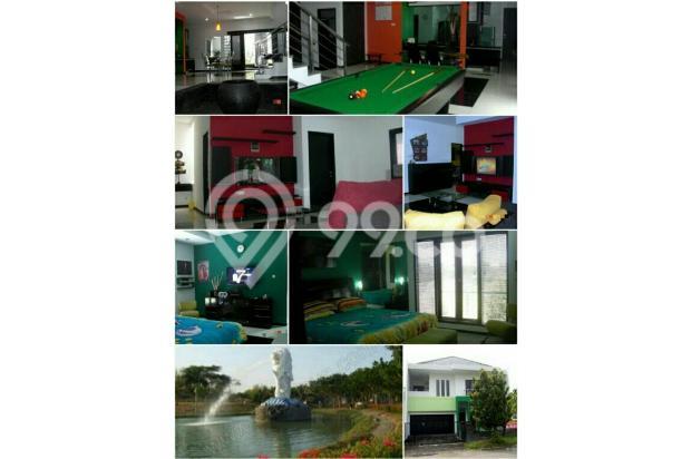 *Bukit Telaga Golf Citraland*  Full Furnished  *Cellini & King Koil* (Dekat patung Merlion) Siap Huni  Surabaya Barat!  SPESIFIKASI: 1. L.Tanah :252m2 (12x21) 2. L.Bangunan :350m2 3. Kamar Tidur:4+2 4. Kamar Mandi:3+1 (Master bedroom connecting dengan baby Room atau Ruang Kerja ) 5. Bangunan:2 lantai 6. Garasi: 2 mobil     Carport:2 mobil (Total masuk 4 mobil) 7. PLN:4400watt 8. Row Jalan:3 mobil 9. Legalitas:HGB 10.Hadap: Selatan  11.ada Gudang 12. Tandon Atas & Tandon Bawah  13.Bonus : - 5 unit AC - 2 unit waterheater - 3 unit Televisi Led - 2 unit Kulkas  - 1 unit  Mesin Cuci - 1 unit pompa  Air Sanyo   *Harga 4,75 M(nego tipis*  Hubungi: *SENTOSA LIE* RAYWHITE ROYAL RESIDENCE 0816-540-2297 (INDOSAT/WA) 0813-571-68-709 (SIMPATI) 0819-382-608-19 (XL) PIN BB. D250C42A Http://sentosalie.agenproperti.com 13873519