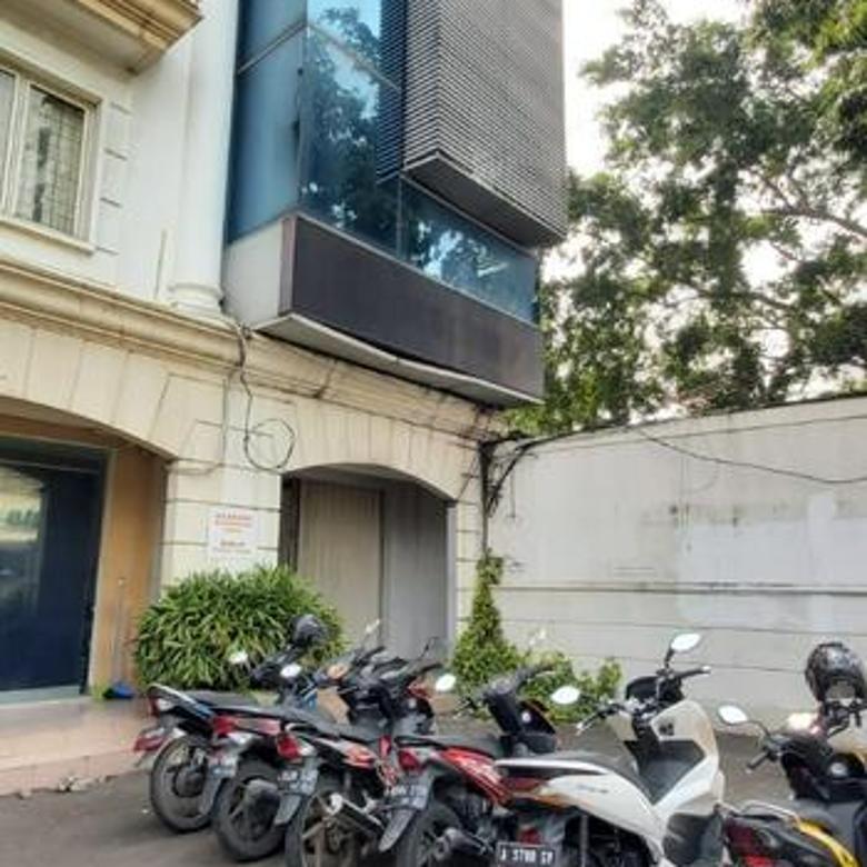 Ruko MURAH Cocok Utk Tempat Usaha / Kantor di Mampang Prapatan Raya