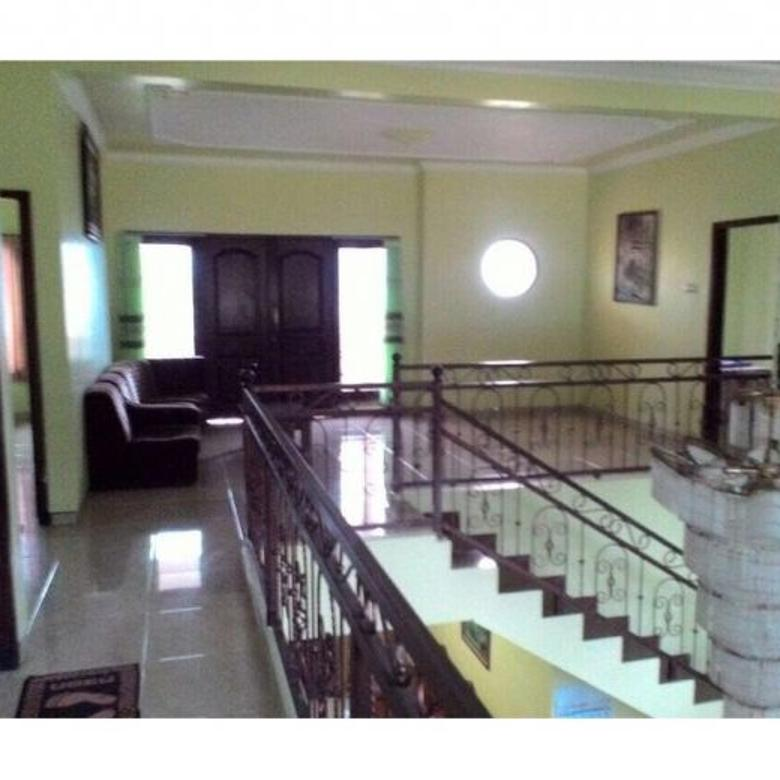 Villa mewah dijual plus perabot segera dekat wisata sekota batu