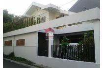 Rumah bagus luas murah di Pejompongan