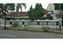 Rumah Hitung Tanah Jalan Utama Manahan Tengah Kota Solo