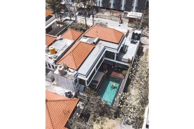 Rp10mily Vila Dijual