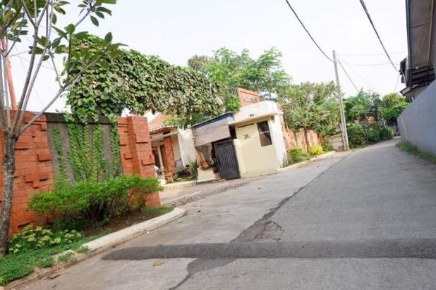 Rumah di bangun dengan Pondasi Batu kali di Larasati Village 15894267