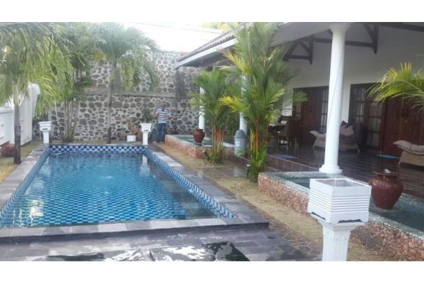 villa di batu layar dekat senggigi dengan kolam renang pribadi