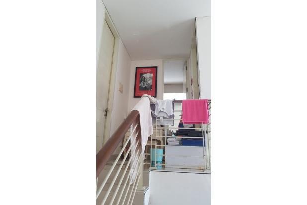 Rumah Second Butuh Renov di Malibu Beach, Pakuwon City 16562418