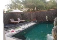 Villa di kompleks duduk Batu Layar