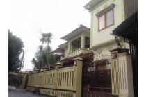 Dijual Rumah Mewah 2 Lt + Ruko di Jajar, Kota Solo, Strategis, Harga Murah