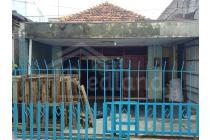 Rumah tengah kota butuh renovasi