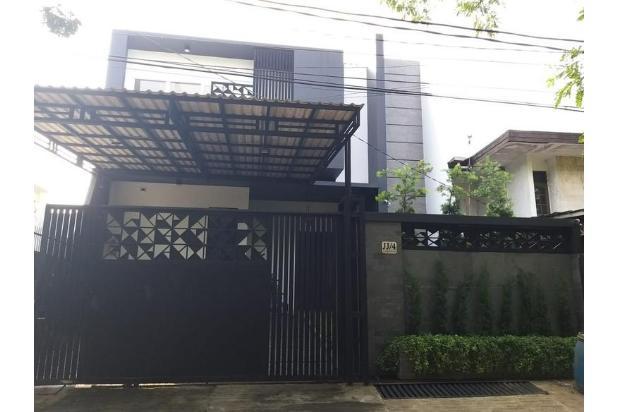 Rumah di kelapa Gading modern minimalis