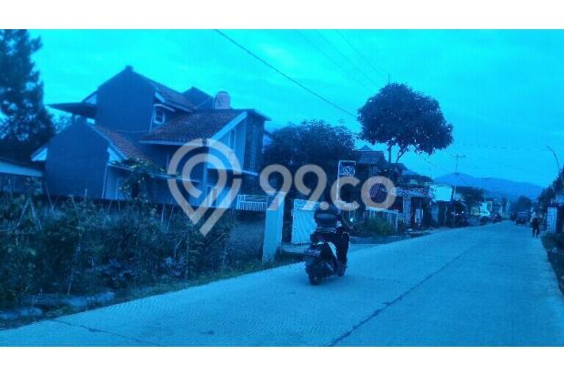 villa minimalis di Lembang pinggir jln pemandangan bagus LT 420m hrg 1,5M 15423451