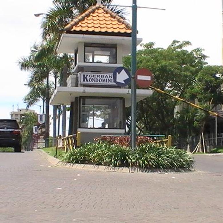 Rumah Graha Famili Surabaya Dekat Clubhouse 2 Lantai Full Furnish