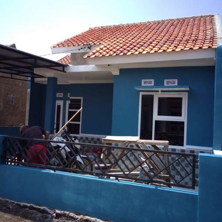 Sindang Sari Asri rumah Cantik dekat dengan Jalan Raya besar