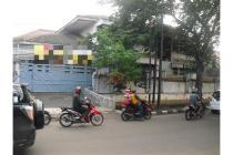 DiSewakan Rumah Besar di Jalan Patra Raya , Jakarta Barat Bebas Banjir