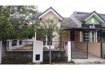Rumah Huk Siap Huni Kondisi Bagus & Rapi Disewakan di Serpong Park