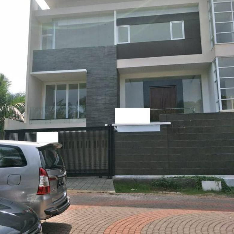 Rumah PIK (Pantai Indah Kapuk) JAKUT  Elegant Rapi uk 400m2 FURNISHED Brand New