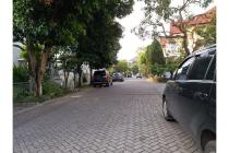 Rumah strategis dekat Gwalk dan sekolah Ciputra Citraland Surabaya