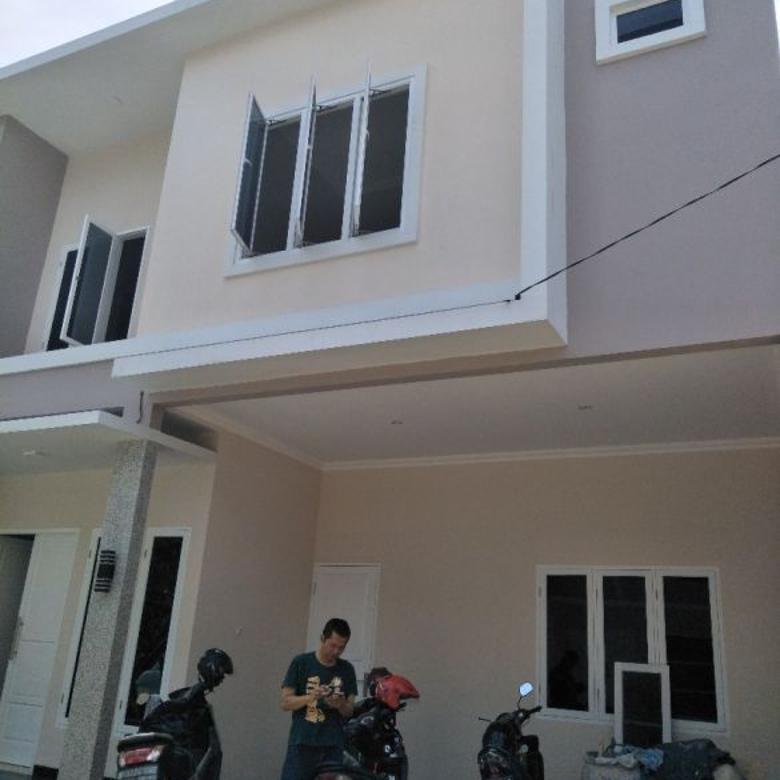 Rumah 2lantai dalam cluster di kahfi 1 jagakarsa jakarta selatan