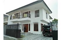 Rumah Besar Lokasi Strategis di Rempoa Ciputat Tangerang