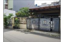Rumah Cantik di Arteri Pondok Indah Kebayoran Lama Jakarta Selatan