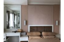 Royal Mediterania Garden,2 bedroom 42m2,furnish bagus,view ke SOHO,Jakarta