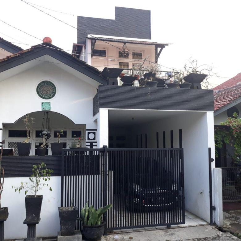 Rumah dijual NEGO di Galaxy, Bekasi, Luas, Murah, Strategis, Bisa KPR