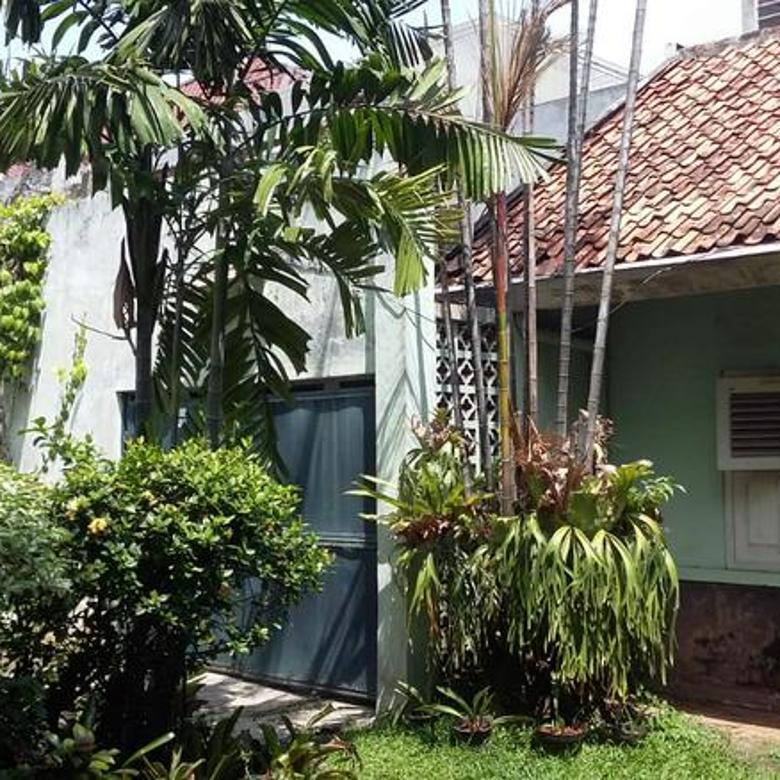 BEST PRICE! Rumah Tua Hitung Tanah di Dharmawangsa Jakarta Selatan