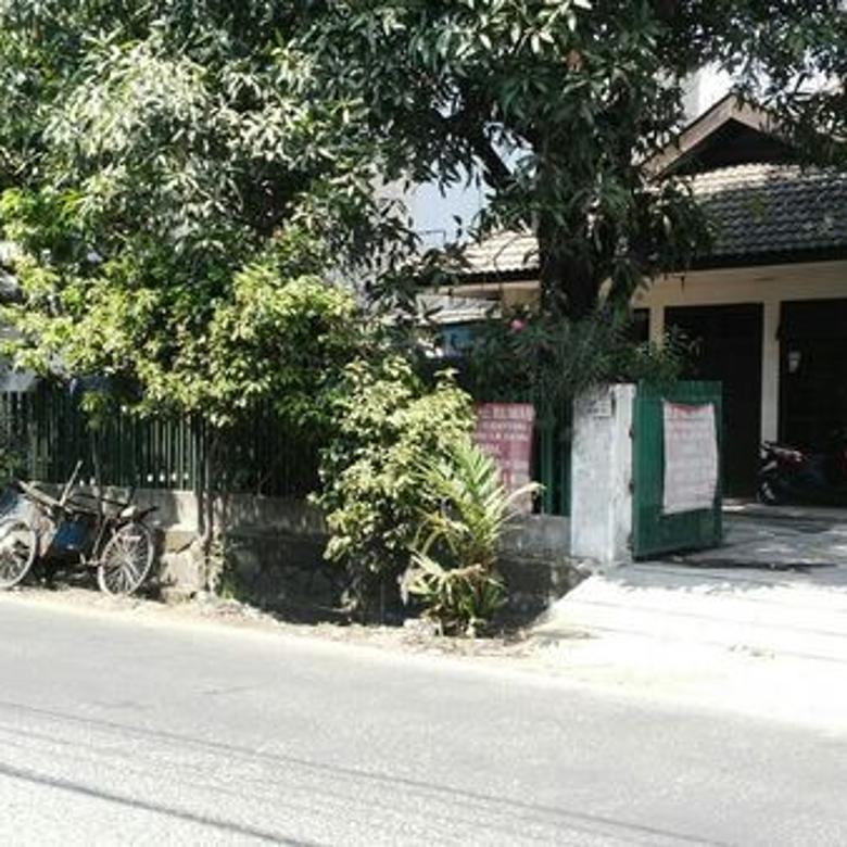 Rumah Strategis di Pulogadung Letak dipinggir jl.raya