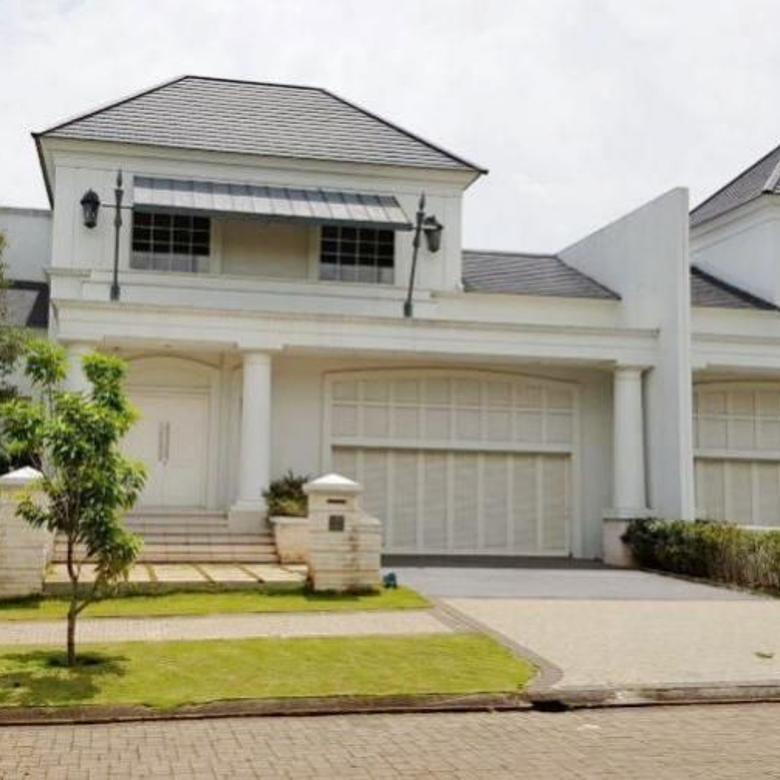 Rumah di Kawasan Elite Megah Depan Taman De Maja BSD City, Bisa Cicil DP