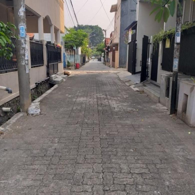 Kost-Tangerang Selatan-1