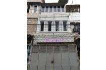 Rumah murah uk 4×17m lokasi pinggir jalan Jelambar
