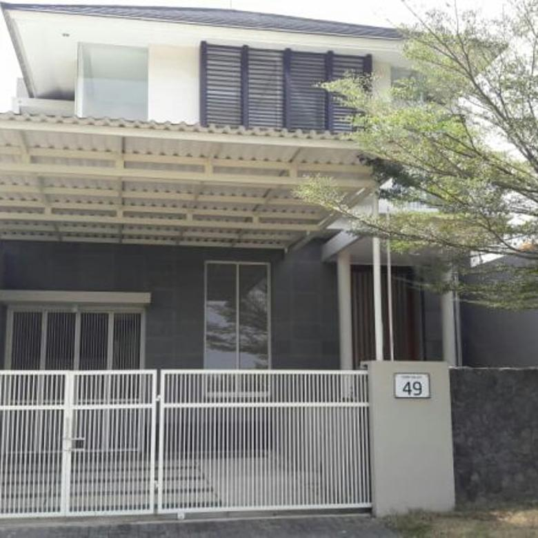 Dijual Rumah baru dekat Club House di Ixora Valley Malang