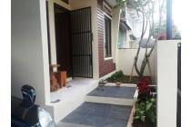 Dijual Rumah Nyaman di Kuricang, Bintaro Jaya