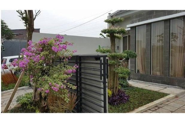 Rumah Minimalis ada kolam renang wage dekat Bandara Juanda 9438031
