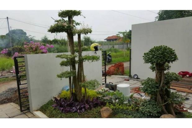 Rumah Minimalis ada kolam renang wage dekat Bandara Juanda 9438032