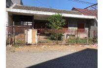 Dijual Rumah Hitung Tanah Strategis di Pondok Chandra Sidoarjo