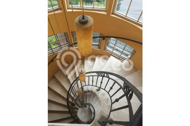 Rumah di Jalan Rajawali Selatan 18003962