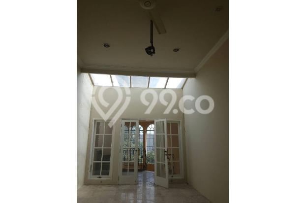 Rumah di Jalan Rajawali Selatan 18003958