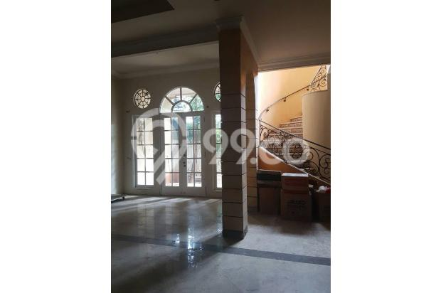 Rumah di Jalan Rajawali Selatan 18003961