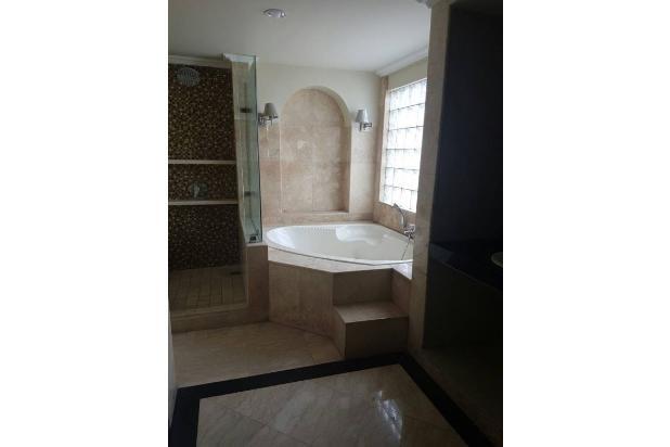 Rumah di Jalan Rajawali Selatan 18003960