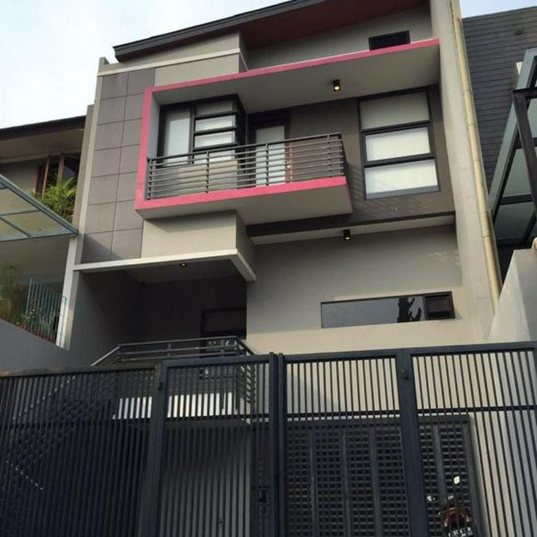 Rumah Nyaman dan Lingkungan Tenang di Setra Duta Bandung