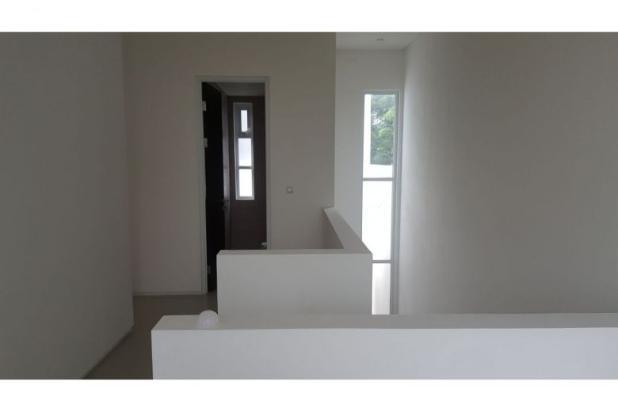 Dijual Rumah Arsitektur Modern Bebas banjir modernland tangerang. 12260253