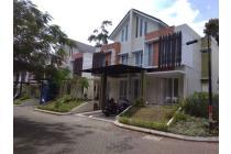Rumah mewah 2 lantai, akses jalan strategis dan bebas macet di Cimahi Utara