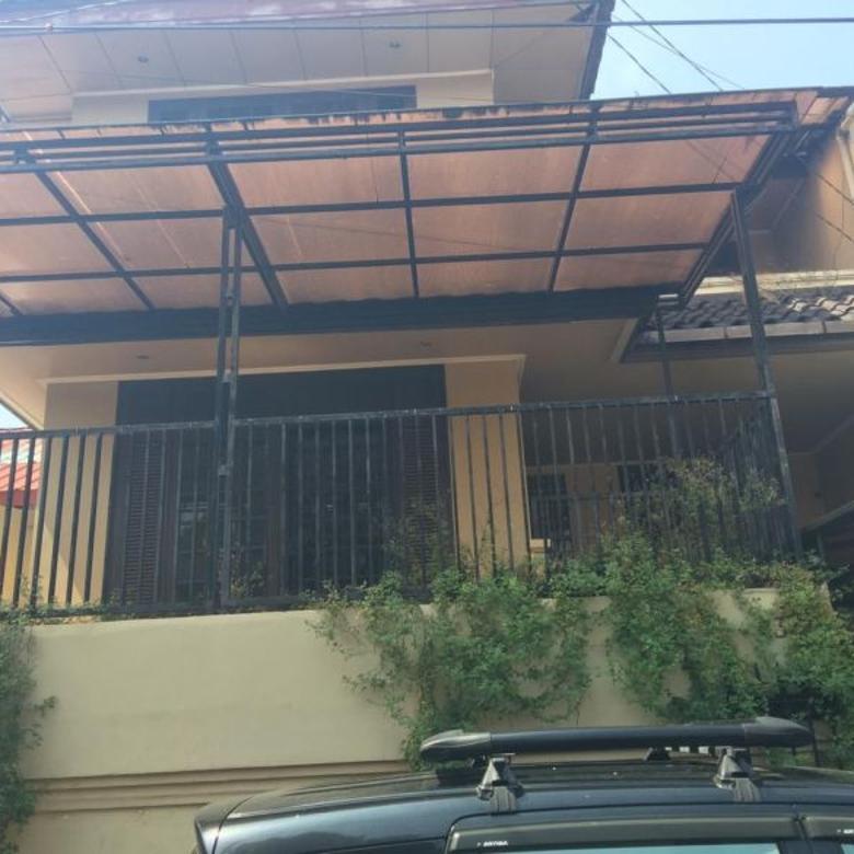 Rumah 2 Lantai, Asri, Nyaman & Tenang di MEGA CINERE