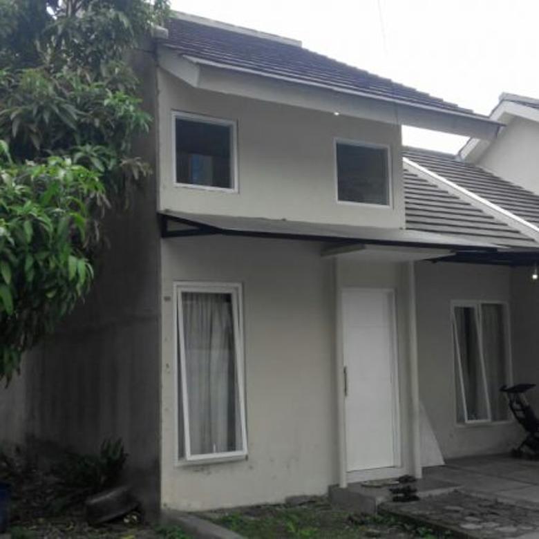 Rumah komplek Taruna, 200 m dari Jalan Raya Ujungberung, Bandu