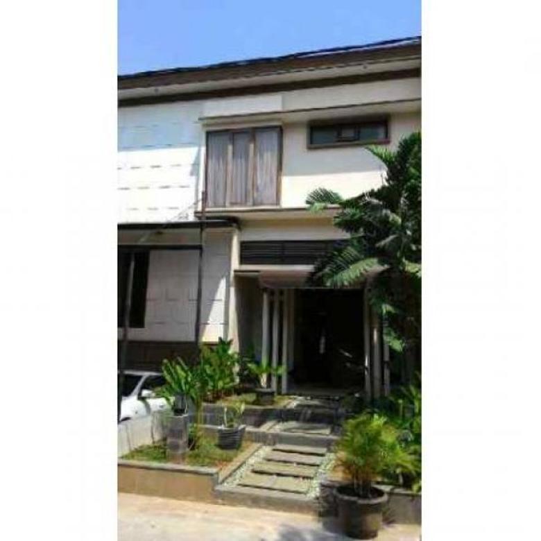 Dijual Rumah Strategis di Jl. Lebak Bulus III, Jakarta Selatan PR960