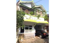 Rumah Istimewa di Tangerang (p149)