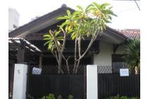 Disewakan Rumah Strategis di Mampang Prapatan, Jakarta Selatan PR7