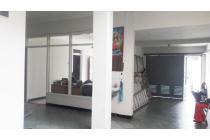 Dijual Rumah SHM,2 Lantai Siap Huni di Tengah Kota